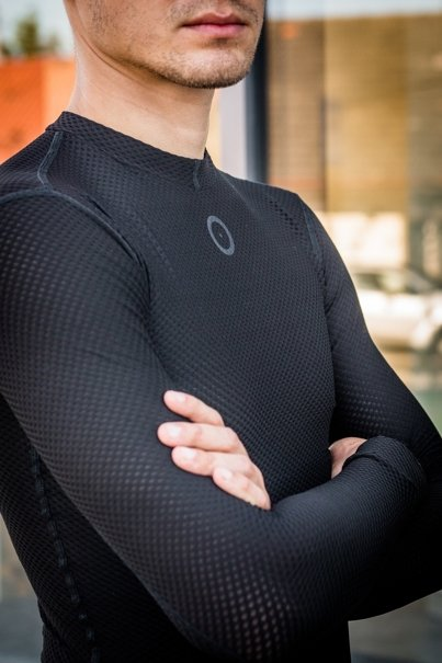 Autumn Base Layer (black)